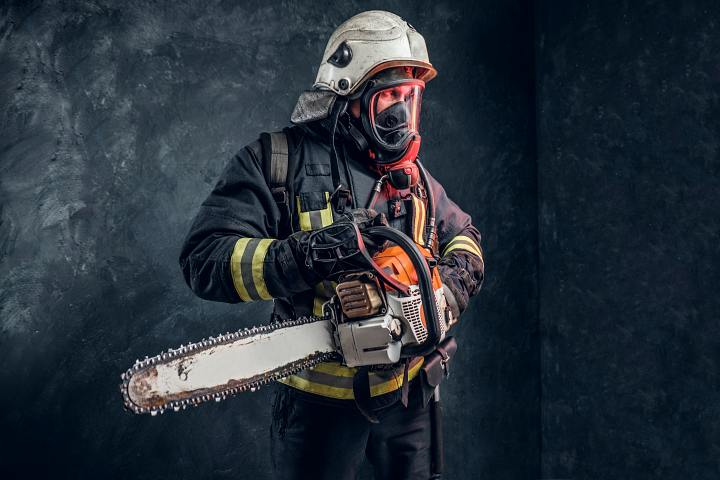 What chainsaw do firefighters use